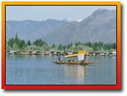 Srinagar, Srinagar travel guide, Srinagar dal lake, houseboat dal lake